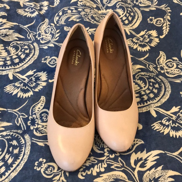 2085e2b5e696 Clarks Shoes - Clarks artisan heels